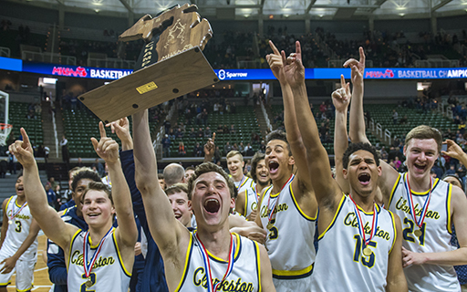 Wolves Win Basketball State Championship